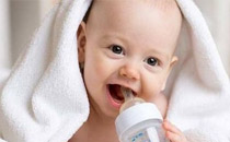 秋冬怎么给宝宝穿衣服 秋冬宝宝需要每天洗澡吗