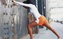 运动时为什么脚会扭伤 运动中脚扭伤快速处理方法