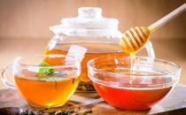 吃阿胶可以喝蜂蜜水吗 阿胶和蜂蜜可以一起吃吗