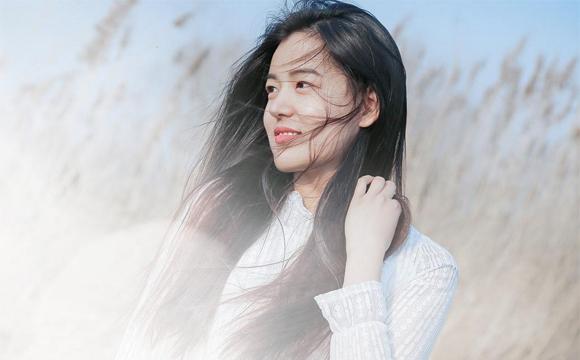 为什么有些人越长越好看 长得丑的女生很自卑怎么办