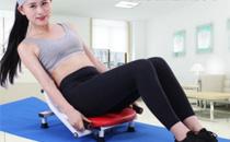 卷腹和仰卧起坐哪个效果好 卷腹和仰卧起坐哪个更适合练腹肌